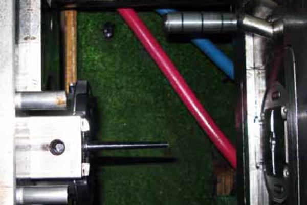 odprto-orodje-pred-brizganjem5758F752-291B-29F9-4E7A-91CAC4AF2938.jpg